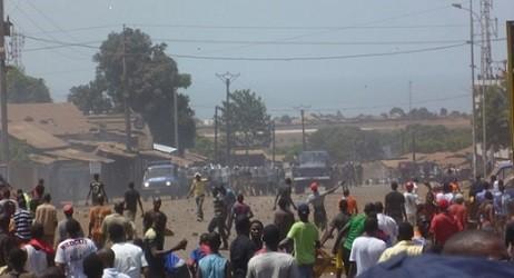 Changer la  Guinée (partie III): Insurrection populaire, guerre civile et terrorisme(par Ourouro BAH).