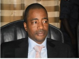 Quand le traître Farba Tibou Kamara se permet de qualifier  Sidya Touré de traître !
