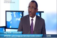 Sidya  Touré  s'exprime sur l'élection présidentielle guinéenne de 2015 sur TV5 Monde
