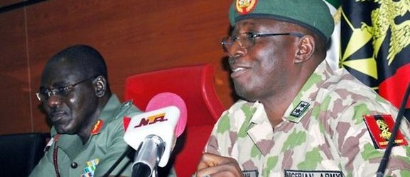 Nigeria : le chef de l'armée échappe à une embuscade de Boko Haram