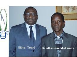 Dr Al Hassane Makanéra Kaké, déchiffre le prénom du leader de l'UFR : « Sidya : Si = Longue vie et Dya = Bonheur ».