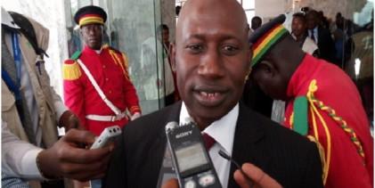 Guerre au RPG : Quand Makanera qualifie le député Damaro de « bête » et de « nain » politique