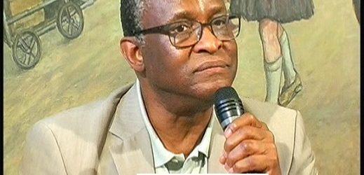 Kémoko TOURE ancien DG de la CBG reçu par le Club DLG à Paris, il a parlé de son livre et de la Guinée. Brillante intervention et des révélations.