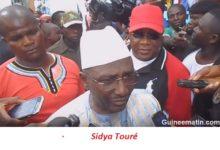 L'arrivée du président Sidya Touré à l'assemblée générale ordinaire son parti (l'UFR)