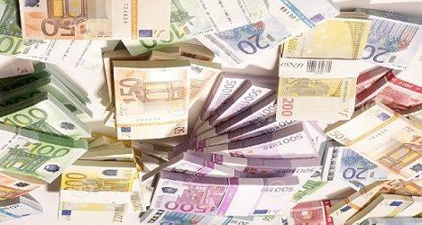GUINEE / Trafic de devises entre la Guinée et la France : des dignitaires guinéens impliqués dans un scandale à Paris ? (source : africaguinee.com).