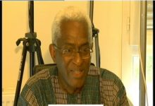 (VIDEO) Dr Abdoul Baldé /  Alpha Condé entrave la tenue des élections afin de bénéficier d'un mandat cadeau comme GBAGBO et KABILA pour instaurer une monarchie sans noblesse.