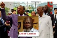 (VIDEO) BOKE / Diaby  Limane dément Alpha Condé et l'accuse d'avoir affamé les habitants de Boké par l'exploitation sauvage des mines bradés aux sociétés fantômes . Il traite Kassory de dangereux virus pour la Guinée.