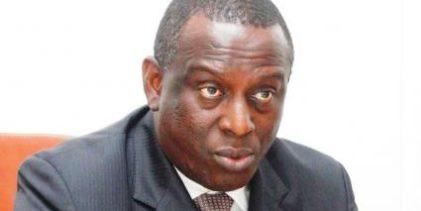 Corruption / l'Ancien ministre sénégalais Cheikh Tidiane Gadio arrêté aux USA. (Les négociateurs des contrats miniers frauduleux en Guinée sont avertis et ils rendront compte tôt ou tard).