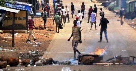 Manifestations contre les délestages électriques en Guinée: 2 blessés par balle (hôpital)