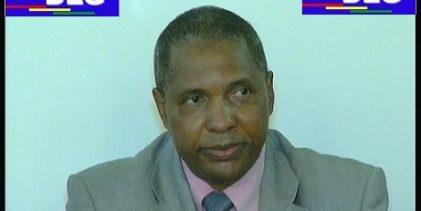 (VIDEO) Dr Mamadou Barry, spécialiste des questions minières à la Banque Mondiale reçu par le bureau du Club DLG à Paris le 21 avril 2018. Il parle de scandale géologique, mais aussi de gouvernance en Guinée !