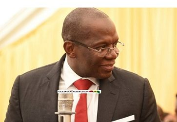 Guinenews.org/ Kassory commence par une violation de la constitution guinéenne. Lui qui a dit dans son discours faire de sa priorité « la lutte sans merci contre la corruption » a oublié de déclarer ses biens avant d'entrer en fonction.