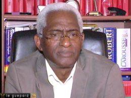 (VIDEO) Dr BALDE s'exprime sur l'achat par Baidy ARIBOT, de matériels de propagande pour le référendum de 3e mandat d'Alpha Conté, la sorite du Générale Konaté à Lille et sur l'actuel mouvement social en Guinée.