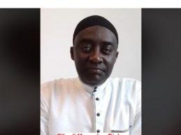 (VIDEO) Appel patriotique lancé en langue soussou par Elhadj Mamadou Diaby  à Cellou Dalein, Sidya Touré, Lansana Kouyaté, aux religieux et au peuple de Guinée. Ne restons pas les bras croisés, Alpha Condé à fini de vendre notre pays, il veut opposer les Guinéens et détruire nos institutions.