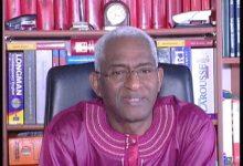 (VIDEO) Dr Abdoul Baldé soutient le SLECG et demande à l'armée de mettre fin au pouvoir  d'Alpha Condé avant 2020, seule solution pour sauver notre pays de la catastrophe qu'il prépare avec son projet de troisième mandat.