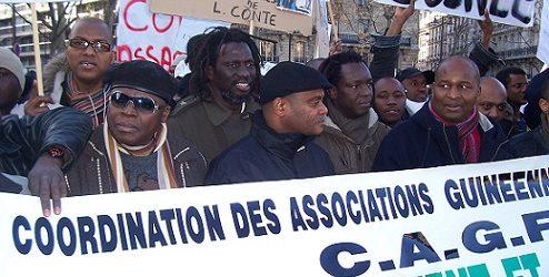 GUINEE / (VIDEO) Tiken Jah Fakoly n'est pas contre Alpha Condé, il est contre la dictature et les pillages des dirigeants africains. Le RPG ne doit pas et ne peut pas le dénigrer.