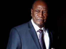 Le Monde: « En Guinée, tous les signaux sont au rouge »