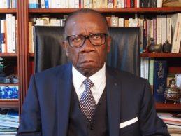 ( La version légère de la Vidéo) GUINÉE / Selon Jams SOUMAH, Alpha Coné alias Condé est une marchandise importée et de mauvaise qualité. Il préparerait une guerre civile entre Guinéens et qu'il doit être immédiatement chassé du pouvoir par le peuple, civils et militaires.