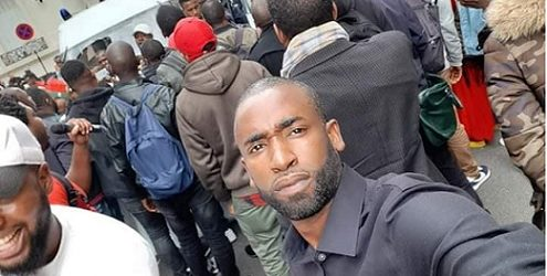 (VIDEO) Manifestation des Forces vives-FNDC France devant l'ambassade Guinée en France le lundi matin 14 octobre 2019.