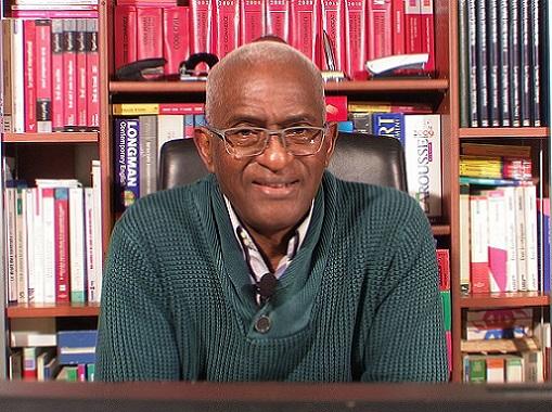 Dr Abdoul Baldé s'exprime sur les tueries des manifestants, il accuse le colonel Bafoé, Baidy Aribot, Damantang Camara, Mohamed Diané,Damaro Camara et Malick Sankhon. Il demande à l'armé républicaine de débarrasser la Guinée d'Alpha Condé.