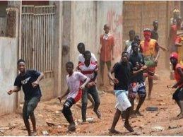 Le journal français «Lepoint.fr» /  Violences en Guinée : la diaspora réagit.
