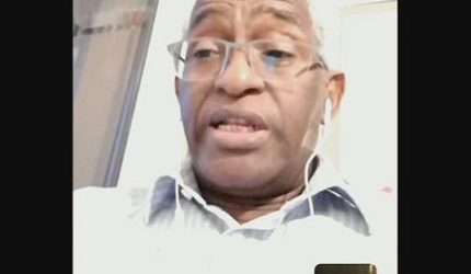 GUINEE-VIDEO / Dr Abdoul Baldé compare l'équipe d'Alpha Condé à celle d'Adolf Hitler (Paris le 7 juin 2020)