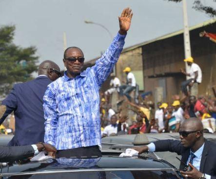 « Dix ans après l'élection d'Alpha Condé, il est temps de faire le deuil de la Guinée promise » (Le Monde Afrique).