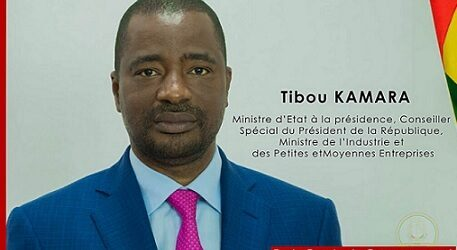 Droit de réponse / Voleur de biens publics et ministre du président cleptomane, Farba Tibou KAMARA peut-il qualifier Sidya Touré de voleur? (Par MAKANERA Ibrahima Sory, président de la cellule de réaction rapide de l'UFR France).